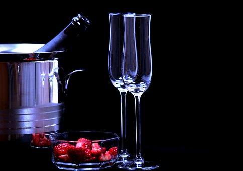 certi voli di fantasia strawberries-1863156__340
