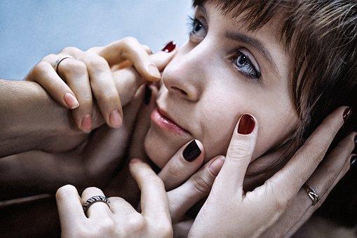 crepe girl-1925252__340