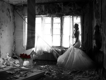 accadeva-woman-1517067__340